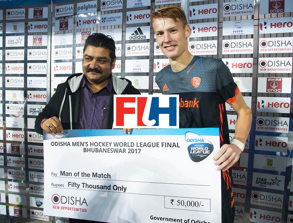 BHUBANESWAR -   Man of the match, Joep de Mol (Ned)  Hockey World League Finals , na  de wedstrijd om de 7e plaats, Engeland-Nederland (0-1).   COPYRIGHT KOEN SUYK