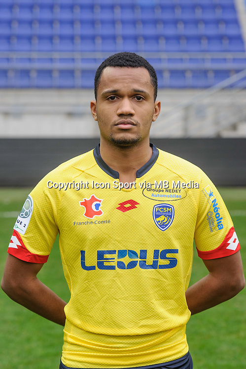 Nicolas Senzemba - 03.11.2015 - Portrait Officiel Sochaux <br /> Photo : Sebastien Bozon / Icon Sport