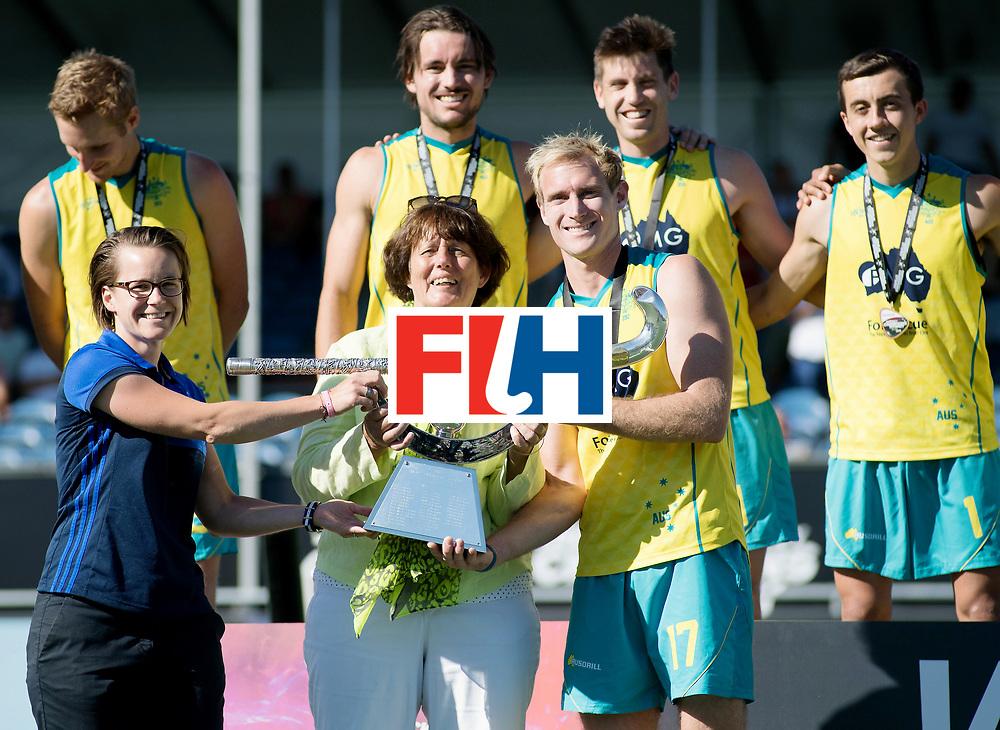 BREDA - Rabobank Hockey Champions Trophy<br /> Final Australia - India<br /> Australia won after shoot outs.<br /> Photo: Aran Zalewski with the trophy w/ Marijke Fleur.<br /> COPYRIGHT WORLDSPORTPICS FRANK UIJLENBROEK