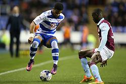 Garath McCleary of Reading in action - Mandatory by-line: Jason Brown/JMP - 18/10/2016 - FOOTBALL - Madejski Stadium - Reading, England - Reading v Aston Villa - Sky Bet Championship