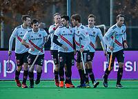AMSTELVEEN - Tanguy Cosyns (Adam)  heeft gescoord tijdens de competitie hoofdklasse hockeywedstrijd heren, Pinoke-Amsterdam (1-1)  . links Fergus Kavanagh (Adam) , rechts Teun Kropholler (Adam)  , Floris Middendorp (Adam) en Billy Bakker (Adam)   COPYRIGHT KOEN SUYK