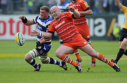 Leicester Tigers Dan Cole competes for the ball with Bath Lock Dave Attwood - Photo mandatory by-line: Alex James/JMP - Mobile: 07966 386802 - 23/05/2015 - SPORT - Rugby - Bath - Recreation Ground - Bath v Leicester Tigers - Aviva Premiership Rugby semi-final