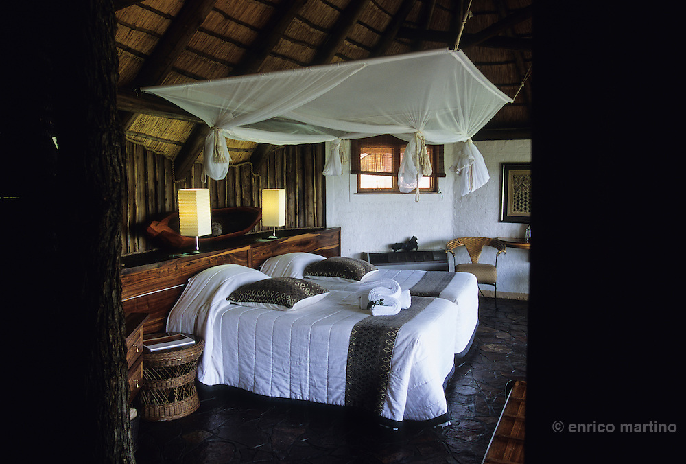 Etosha Nat Park. Ongava Game Lodge.