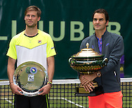 Roger Federer (SUI)  , Finalist Andreas Seppi (ITA),<br /> Endspiel, Final, Siegerehrung,Pr&auml;sentation,<br /> <br /> Tennis - Gerry Weber Open - ATP 500 -  Gerry Weber Stadion - Halle / Westf. - Nordrhein Westfalen - Germany  - 21 June 2015. <br /> &copy; Juergen Hasenkopf
