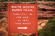 White House Ruin trail sign, Canyon de Chelly National Monument, Arizona USA