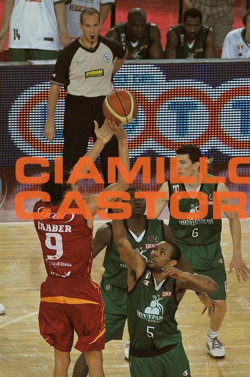 DESCRIZIONE : Roma Lega A1 2007-08 Playoff Finale Gara 4 Lottomatica Virtus Roma Montepaschi Siena<br /> GIOCATORE : Ibrahim Jaaber<br /> SQUADRA : Lottomatica Virtus Roma<br /> EVENTO : Campionato Lega A1 2007-2008 <br /> GARA : Lottomatica Virtus Roma Montepaschi Siena <br /> DATA : 10/06/2008 <br /> CATEGORIA : Tiro<br /> SPORT : Pallacanestro <br /> AUTORE : Agenzia Ciamillo-Castoria/E. Grillotti