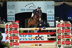 Bruggink Gert Jan, (NED), Vampire<br /> Champion von München<br />  Jumping München 2015<br /> © Hippo Foto - Stefan Lafrentz