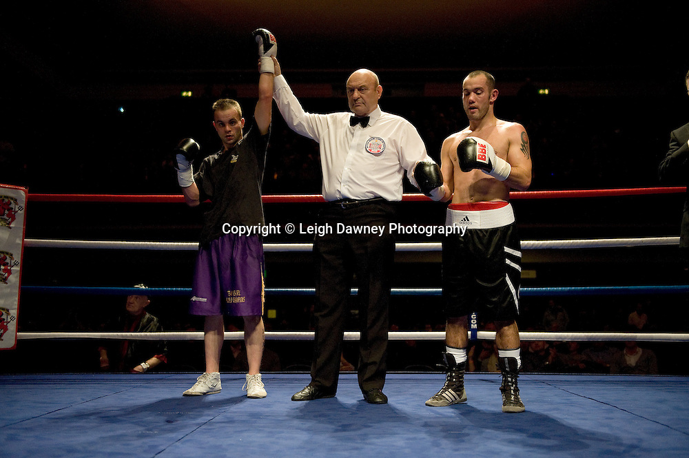 Michael Devine defeats John Van Emmenis at Watford Colusseum 29 November 2009 Promoter Mickey Helliet, Hellraiser Promotions: Credit: ©Leigh Dawney Photography
