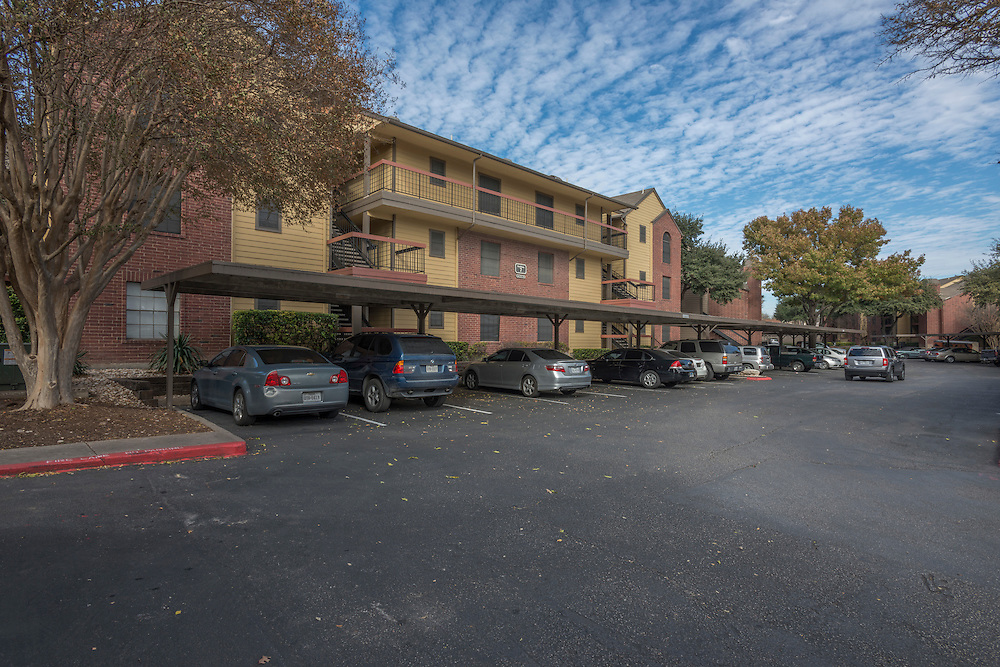 Photograph of the Arbors of Austin Apartments, a multifamily property in Austin, Texas, for Dayrise.
