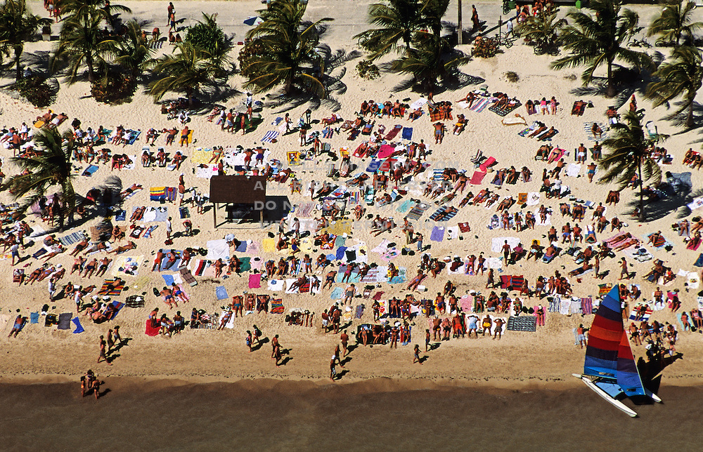 USA, Lifestyle, Landscape, Aerial, and Travel Photography by Randy Wells, Images of America, Elevated view from plane, Sunbathers on Smathers Beach in Key West, Florida, American Southeast