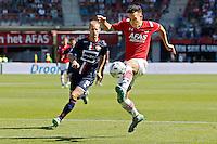 ALKMAAR - 23-08-15, AZ - Willem II, AFAS Stadion, AZ speler Thom Haye (r), Willem II speler Frank van der Struijk.