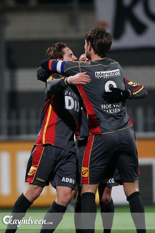ROOSENDAAL - RBC Roosendaal - FC Emmen, Jupiler League, Seizoen 2010-2011, 04-03-2011, Mariflex Stadion, Emmen viert eerste doelpunt