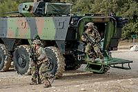 Legionnaires sortant du VBCI lors d une intervention<br /> Francoise Dumas, deputee LREM en visite  au 2eme regiment etranger d infanterie.Pendant cette visite elle d&eacute;couvre le VBCI et echange avec les militaires<br /> VBCI<br /> Vehicule blinde de combat &nbsp;fran&ccedil;ais&nbsp;tout-terrain&nbsp;a huit roues, con&ccedil;u et fabrique en France par&nbsp;Nexter Systems&nbsp;et par&nbsp;Renault Trucks Defense<br /> 11&nbsp;soldats&nbsp;peuvent prendre place a bord du vehicule, qui est equipe de tous les moyens de communication modernes<br /> L objectif du VBCI est d&rsquo;amener le&nbsp;fantassin&nbsp;au plus pres des combatLa protection du vehicule peut etre adaptee a la menace<br /> Le VBCI peut-etre&nbsp;aerotransportable&nbsp;par un&nbsp;Airbus A400M.
