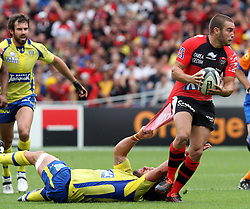 Alexis Pallison of Toulon has his shirt pulled as he attacks during the French Top 14 Semi Final match between ASM Clermont Auvergne and RC Toulon at the Stade Municipal on June 3, 2012 in Toulouse, France.