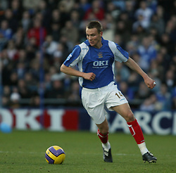PORTSMOUTH, ENGLAND - SATURDAY, DECEMBER 9th, 2006: Matthew Taylor of Portsmouth during the Premiership match at Fratton Park. (Pic by Chris Ratcliffe/Propaganda)