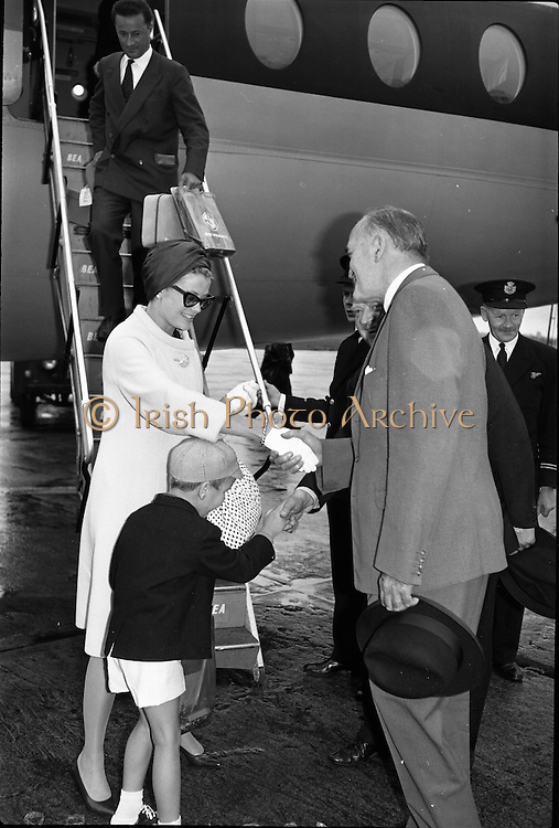 Princess Grace & Prince Rainier arrive at Dublin Airport..20.08.1963.