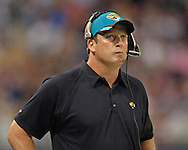 Jacksonville head coach Jack Del Rio during game action against St. Louis at the Edward Jones Dome in St. Louis, Missouri, October 30, 2005.  The Rams beat the Jaguars 24-21.