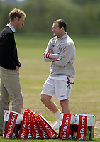 Photo: Paul Thomas.<br /> England Training Session. 01/06/2006.<br /> <br /> England star Wayne Rooney meets Prince William and they discuss Rooney's injured right foot.