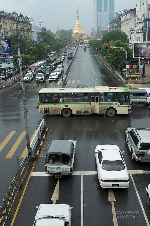 Yangon traffic heading to Sule Paya