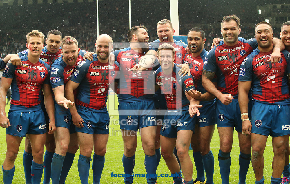 Wakefield Trinity  celebrate there win over Widnes Vikings during the Betfred Super League match at the Dacia Magic Weekend at St. James's Park, Newcastle<br /> Picture by Stephen Gaunt/Focus Images Ltd +447904 833202<br /> 20/05/2017