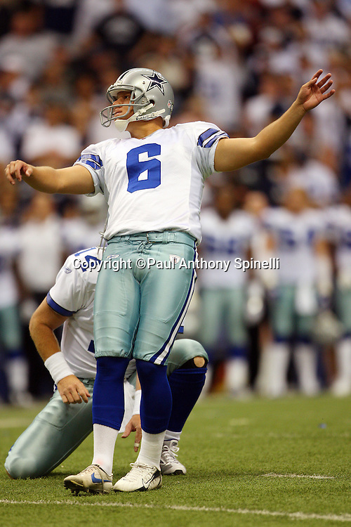 IRVING, TX - SEPTEMBER 15:  Kicker Nick Folk #6 of the Dallas Cowboys kicks a field goal to narrow the Philadelphia Eagles lead to 30-24 prior to halftime at Texas Stadium on September 15, 2008 in Irving, Texas. The Cowboys defeated the Eagles 41-37. ©Paul Anthony Spinelli *** Local Caption *** Nick Folk