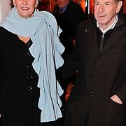 NLD/Den Haag/20110117 - Premiere film Sonny Boy, Frits Barend en partner Marijke
