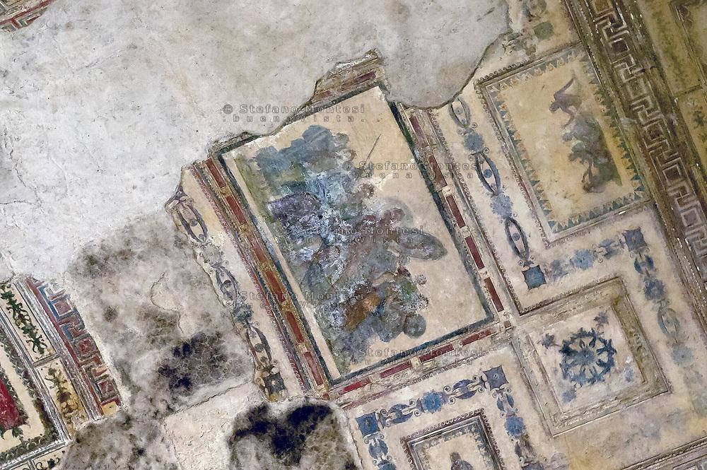 """Roma 1 Aprile 2015<br /> Presentato il progetto per il risanamento della Domus Aurea, realizzato dalla Soprintendenza speciale per i beni archeologici di Roma, che consiste nella sistemazione del  giardino pensile,una parcella di 800 mq ,realizzato con tecnologie sostenibili che farà da «scudo» alla  Domus Aurea impedendo le infiltrazioni d'acqua. L'interno della Domus Aurea.Sala di Achille a Sciro, la volta<br /> Rome, April 1, 2015<br /> Presented the project for the rehabilitation of the Domus Aurea, fulfilled  by the Superintendence for Cultural Heritage of Rome, which is the arrangement of the roof garden, a plot of 800 square meters, made with sustainable technologies that will be the """"shield"""" at the Domus Aurea for  preventing water infiltration. The interior of the Domus Aurea. Achilles on Skyros Room, the vault."""