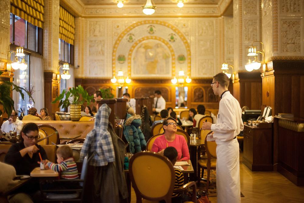 Das Kaffeehaus Imperial in der Prager Innenstadt.
