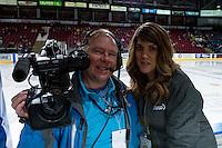 KELOWNA, CANADA - OCTOBER 26: Shaw TV crew, Tamie Williams and Wayne McDougall on October 26, 2016 at Prospera Place in Kelowna, British Columbia, Canada.  (Photo by Marissa Baecker/Shoot the Breeze)  *** Local Caption ***