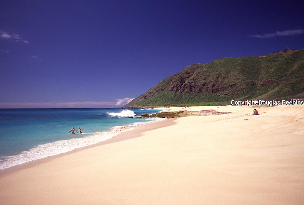 Yokohama Beach, Oahu, Hawaii, USA<br />