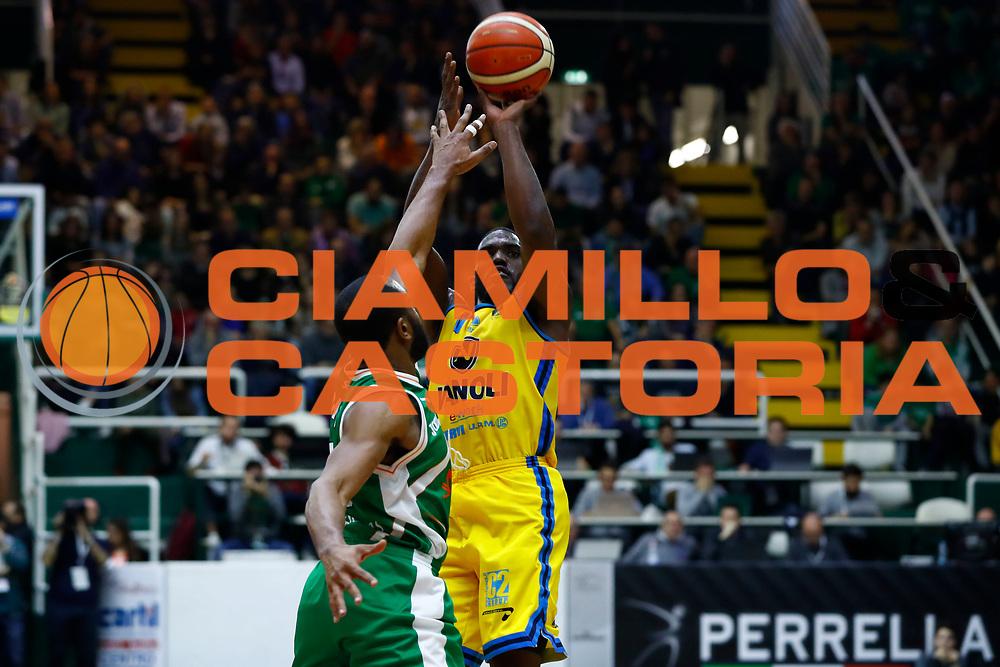 Johnson-Odom Darius<br /> Sidigas Avellino - Vanoli Basket Cremona<br /> Lega Basket Serie A 2017/2018<br /> Avellino, 08/04/2018<br /> Foto Ciamillo-Castoria/A. De Lise