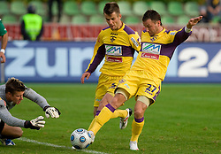 Marko Pridigar, Elvedin Dzinic and Marko Popovic of Maribor at 13th Round of Prva Liga football match between NK Olimpija and Maribor, on October 17, 2009, in ZAK Stadium, Ljubljana. Maribor won 1:0. (Photo by Vid Ponikvar / Sportida)