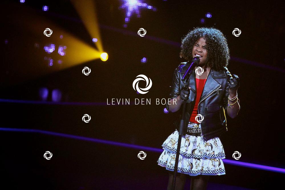HILVERSUM - In studio 22 zijn de liveshows begonnen van Hollands Got Talent.  Met op de foto Aliyah Kolf. FOTO LEVIN DEN BOER - PERSFOTO.NU