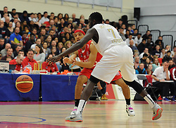Bristol Flyers' Greg Streete plays a pass - Photo mandatory by-line: Dougie Allward/JMP - Mobile: 07966 386802 - 28/03/2015 - SPORT - Basketball - Bristol - SGS Wise Campus - Bristol Flyers v London Lions - British Basketball League