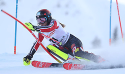 28.01.2018, Lenzerheide, SUI, FIS Weltcup Ski Alpin, Lenzerheide, Slalom, Damen, 1. Lauf, im Bild Erin Mielzynski (CAN) // Erin Mielzynski of Canada in action during her 1st run of ladie's Slalom of FIS ski alpine world cup in Lenzerheide, Austria on 2018/01/28. EXPA Pictures © 2018, PhotoCredit: EXPA/ Sammy Minkoff<br /> <br /> *****ATTENTION - OUT of GER*****