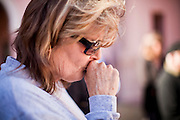 tucsonshooting - 09 JANUARY 2011 - TUCSON, AZ: Shannon Irwin (CQ) in downtown Tucson Sunday to pray for Congresswoman Gabrielle Giffords and other victims of the mass shooting that took place Saturday.   ARIZONA REPUBLIC PHOTO BY JACK KURTZ