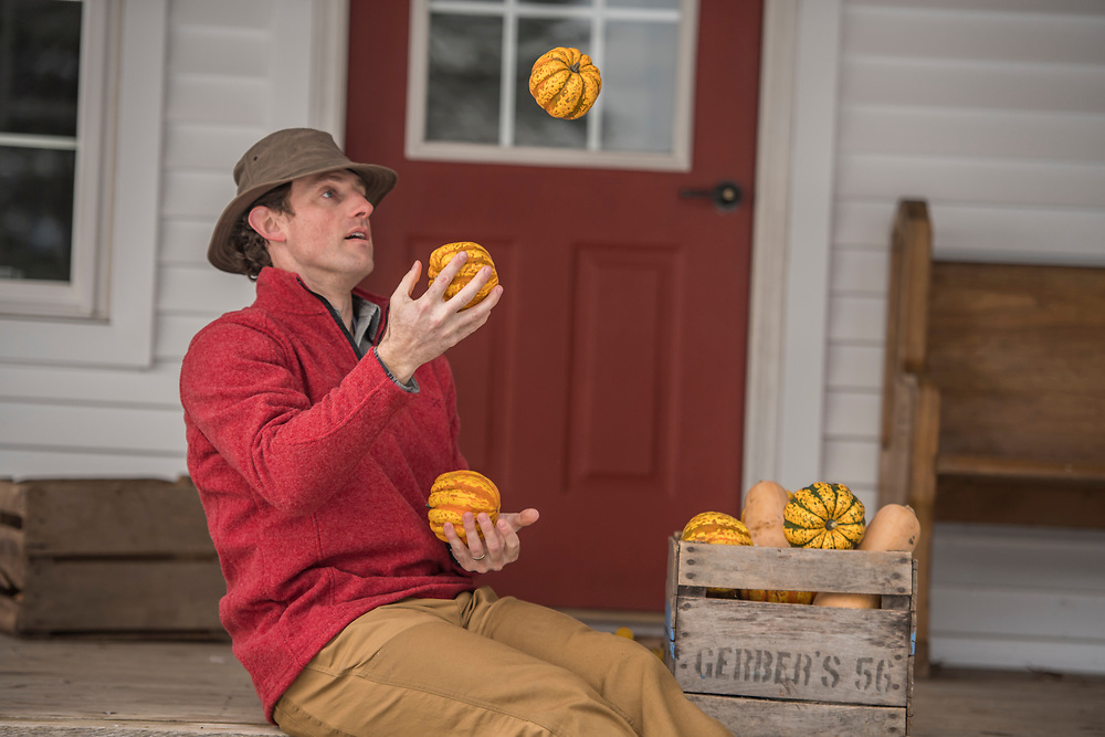 Juggling squash, for Stormy Kromer.