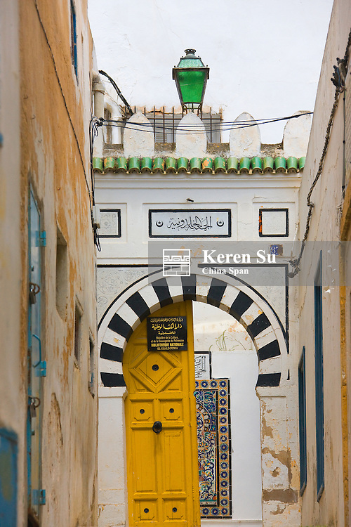 Traditional house in old medina, UNESCO World Heritage site, Tunis, Tunisia