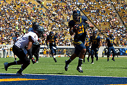 BERKELEY, CA - SEPTEMBER 08: Wide receiver Keenan Allen #21 of the California Golden Bears scores a touchdown against the Southern Utah Thunderbirds during the fourth quarter at Memorial Stadium on September 8, 2012 in Berkeley, California. The California Golden Bears defeated the Southern Utah Thunderbirds 50-31. (Photo by Jason O. Watson/Getty Images) *** Local Caption *** Keenan Allen