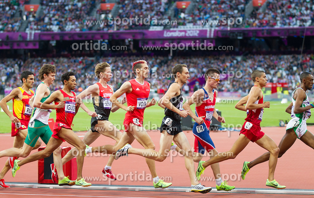 03.08.2012, Olympia Stadion, London, GBR, Olympia 2012, 1500m Lauf, Herren, Runde 1, im Bild Uebersicht NIKOLAEV  Head 2, Uebersicht // Head 2, overview during men 1500m round 1 at the 2012 Summer Olympics at Olympic Stadium, London, United Kingdom on 2012/08/03. EXPA Pictures © 2012, PhotoCredit: EXPA/ Johann Groder
