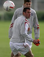 Photo: Paul Thomas.<br />England training session. 04/10/2006.<br /><br />Jamie Carragher.