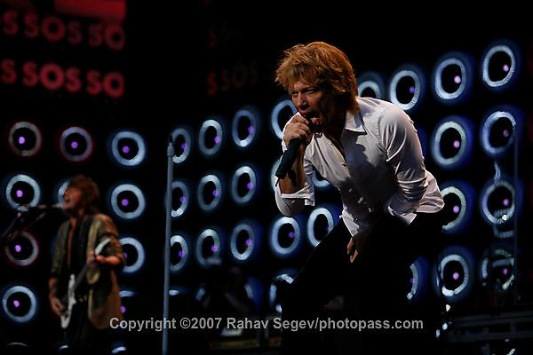 Jon Bon Jovi with Richie Sambora and his band Bon Jovi performing at Giant's Stadium during Live Earth on July 7,  2007. .