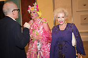 HANS ULRICH-OBRIST, GRAYSON PERRY, SUSAN MUNCEY, Royal Academy of arts summer exhibition summer party. Piccadilly. London. 4 June 2019