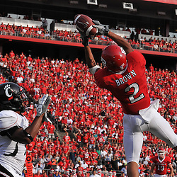 Sep 7, 2009; Piscataway, NJ, USA; Rutgers wide receiver Tim Brown (2) nearly catches a pass for a first down during the first half of Rutgers' 47-15 loss to Cincinnati in NCAA college football at Rutgers Stadium.