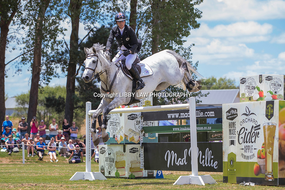 NZL-Helen McNaught-McFarlane (CARNUTELABRYERE) 2ND-IMAKE Ultra.Mox World Cup Final: 2015 NZL-IMAKE Showjumping Waitemata World Cup - Woodhill Sands (Sunday 11 January) CREDIT: Libby Law/www.photosport.co.nz