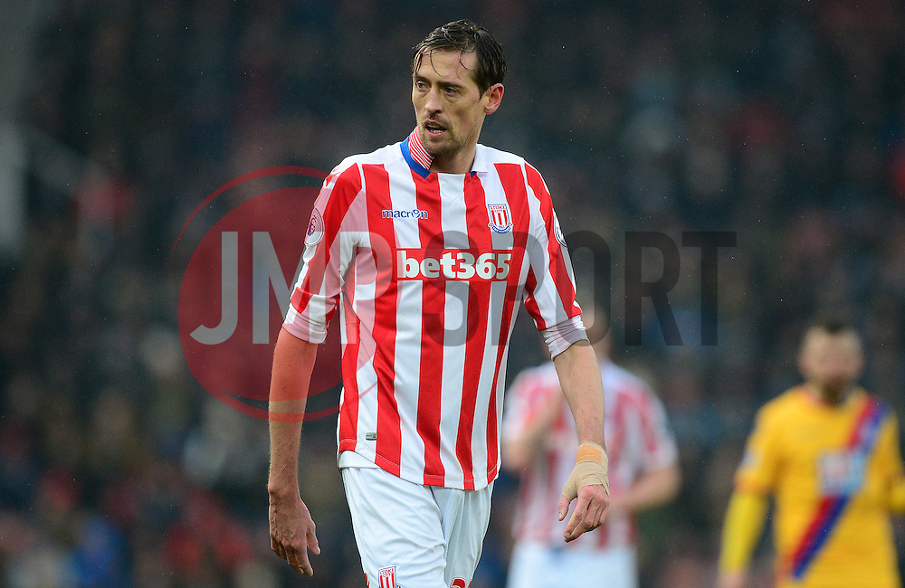 Peter Crouch of Stoke City - Mandatory by-line: Alex James/JMP - 11/02/2017 - FOOTBALL - Bet365 Stadium - Stoke-on-Trent, England - Stoke City v Crystal Palace - Premier League