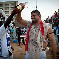 02/07/2012. Senegal, Dakar. One day with the White Lion.    The canarian wrestler Juan Espino, the unique white fighter in the senegalese wrestling. The white lion is training a few minutes before his fight against Keur Dième . ©Sylvain Cherkaoui