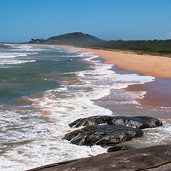 """Praia de Caraís (Parque Estadual Paulo Cesar Vinha) fotografado em Guarapari, Espírito Santo -  Sudeste do Brasil. Bioma Mata Atlântica. Registro feito em 2008.<br /> <br /> <br /> <br /> ENGLISH: Beach of Caraís<br />  photographed in Guarapari, Espírito Santo - Southeast of Brazil. Atlantic Forest Biome. Picture made in 2008."""