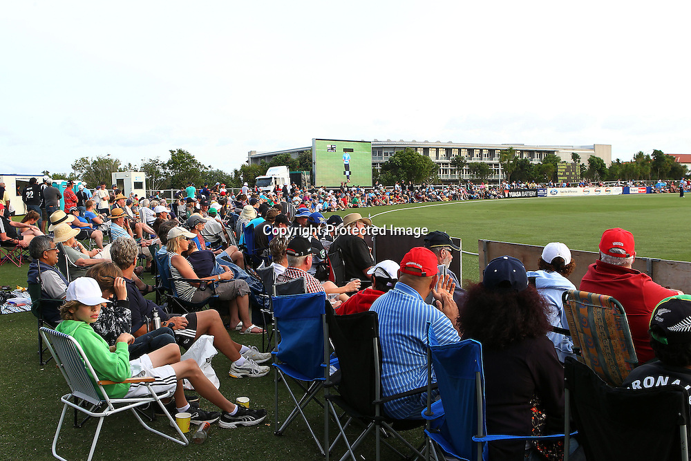 Spectators during the HRV Cup match between the Auckland Aces v Otago Stags. Men's domestic Twenty20 cricket. Colin Maiden Park, Auckland, New Zealand. Friday 6 January 2012. Ella Brockelsby / photosport.co.nz