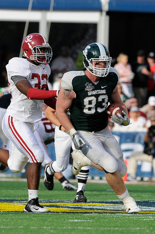January 1, 2011: Charlie Gantt of the Michigan State Spartans in action during the NCAA football game between MSU and the Alabama Crimson Tide at the 2011 Capital One Bowl in Orlando, Florida. Alabama defeated Michigan State 49-7.